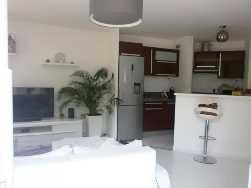 Sale apartment Epone 200 000€ - Picture 1