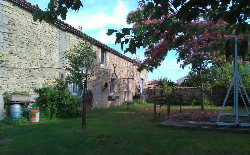 Vente maison / villa Rochefort 165000€ - Photo 4