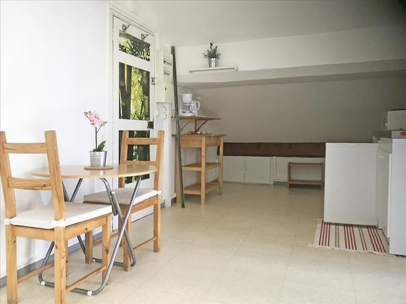 Location appartement Toulon 500€ CC - Photo 2