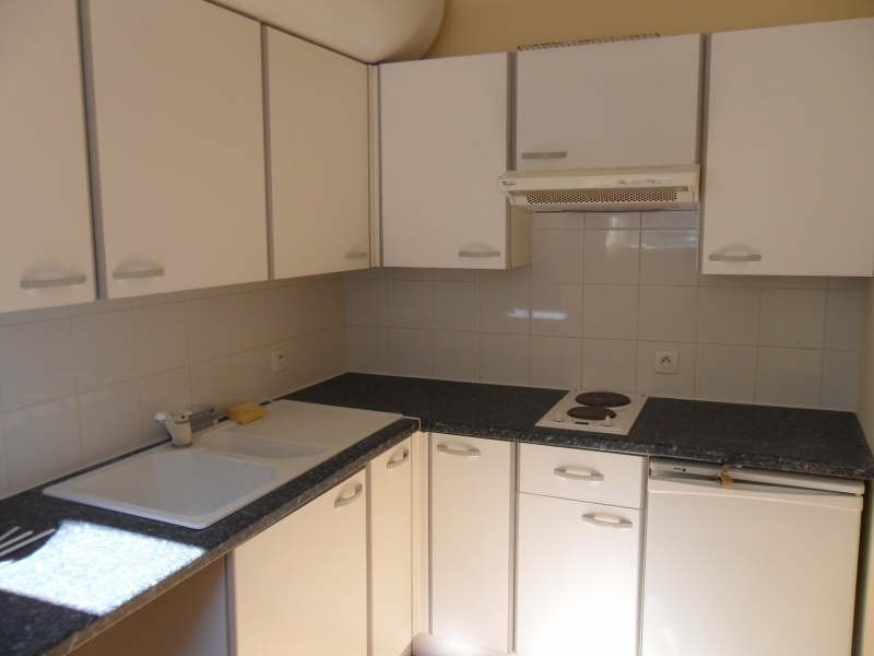 Location appartement Poitiers 428€ CC - Photo 3