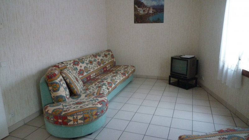 Rental apartment Annecy 980€ CC - Picture 2
