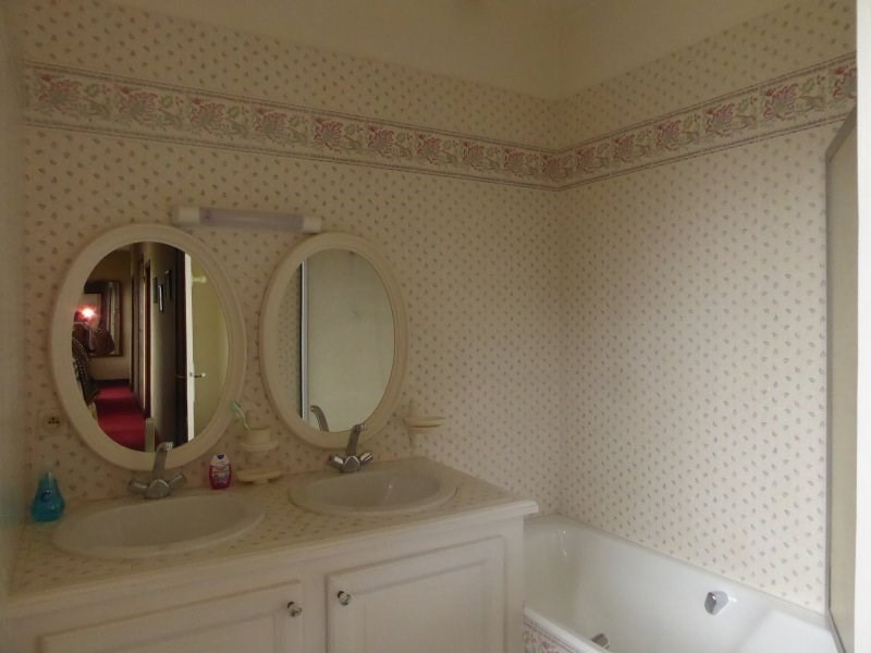 Sale house / villa Terrasson la villedieu 430500€ - Picture 16