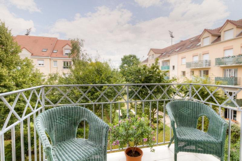 Sale apartment Poissy 219500€ - Picture 2
