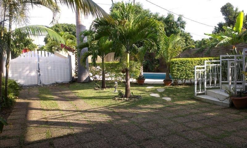 Sale house / villa Ravine des cabris 398000€ - Picture 2
