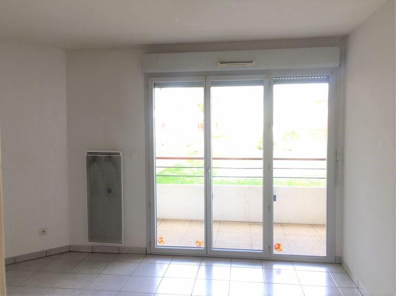 Location appartement Leguevin 486€ CC - Photo 2