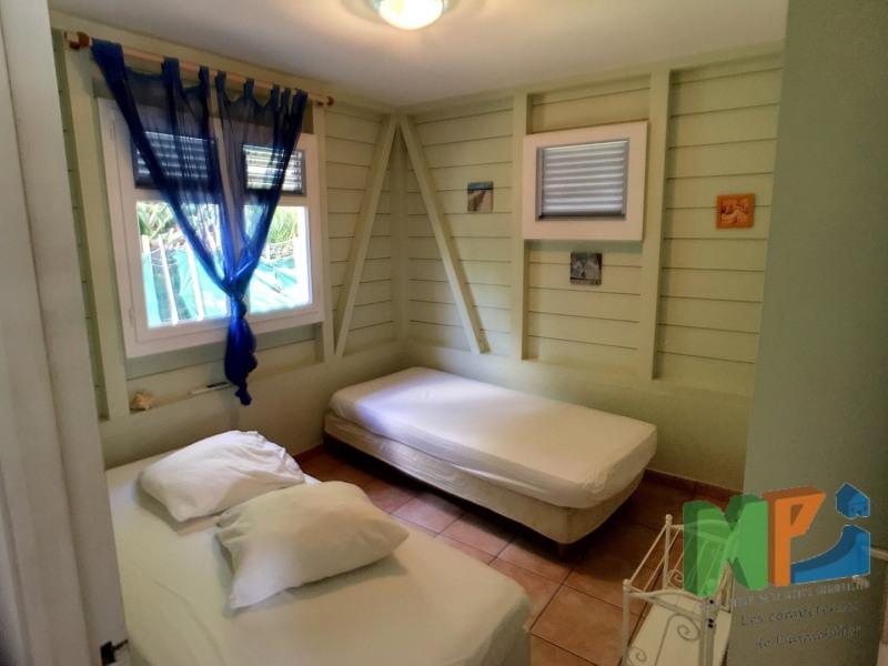 Sale house / villa Ste anne 420000€ - Picture 5