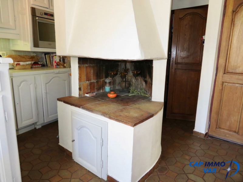 Sale apartment Le beausset 220 000€ - Picture 5