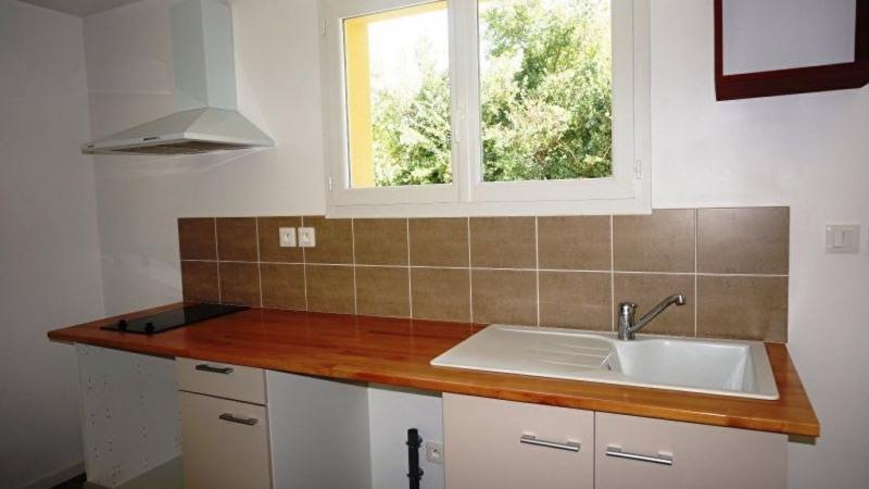 Location maison / villa Aire sur l adour 690€ CC - Photo 4
