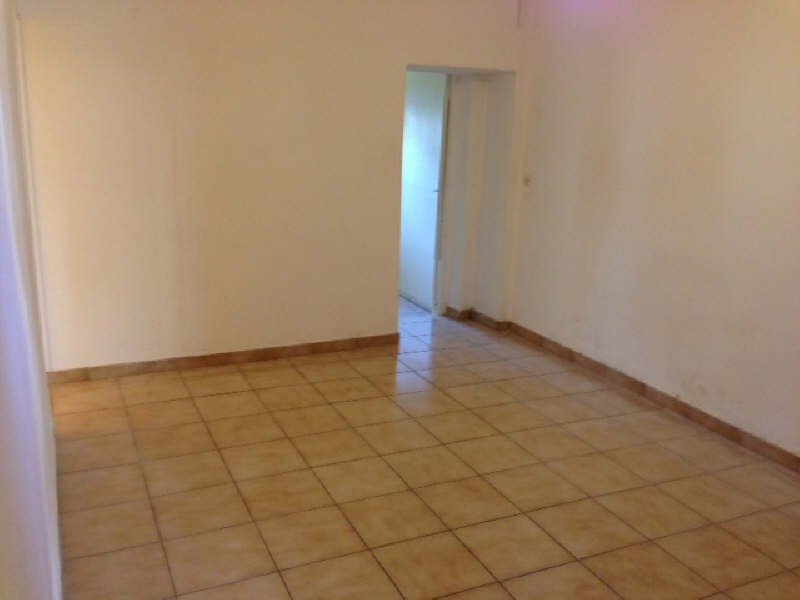 Rental apartment Chanteloup les vignes 605€ CC - Picture 1
