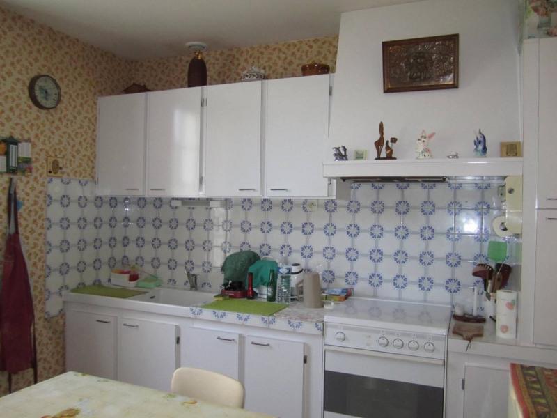 Sale house / villa Barbezieux-saint-hilaire 84000€ - Picture 5