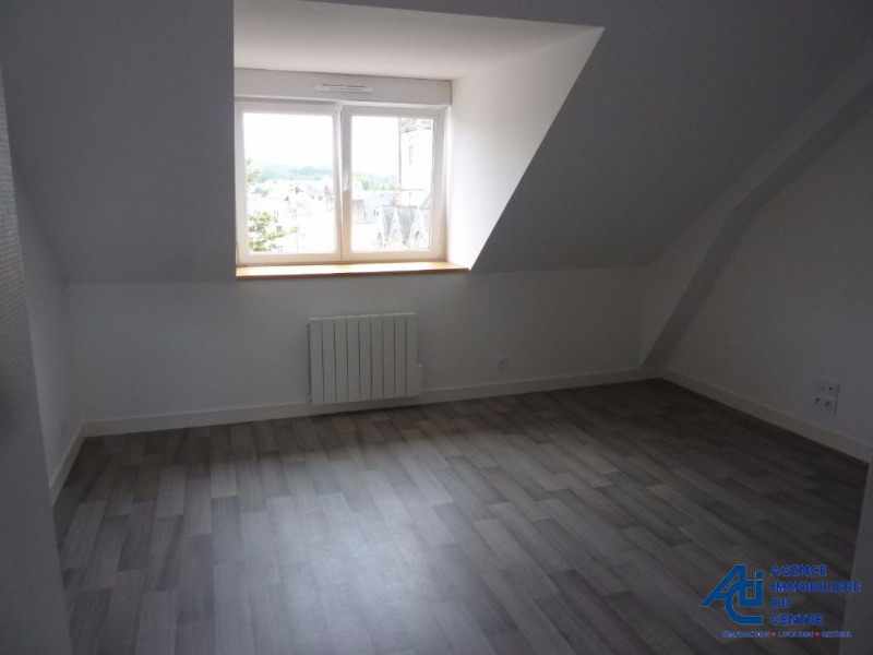 Rental apartment Pontivy 358€ CC - Picture 2