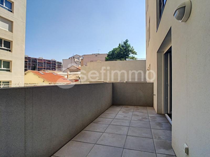Rental apartment Marseille 5ème 750€ CC - Picture 1
