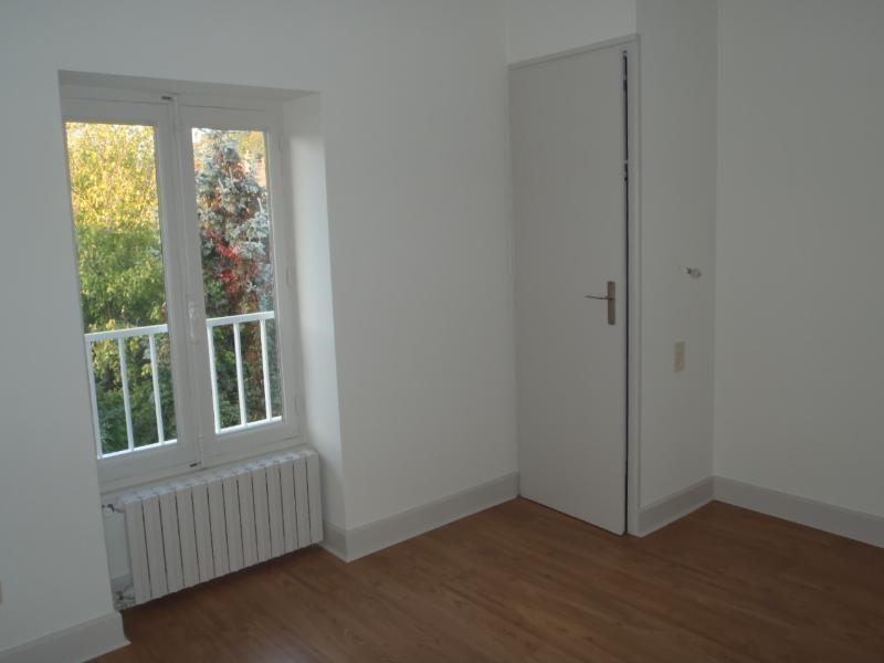 Location appartement Beauregard 650,67€ CC - Photo 3