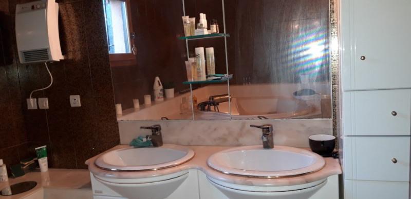Sale house / villa Mesnil raoul 315000€ - Picture 6