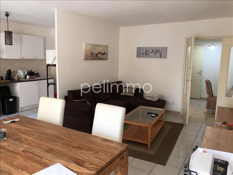 Rental apartment Salon de provence 910€ CC - Picture 2