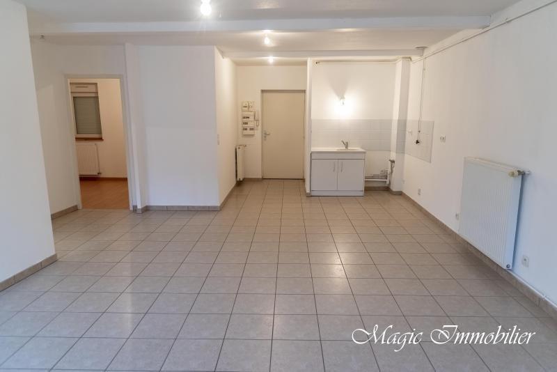 Location appartement Nantua 445€ CC - Photo 2