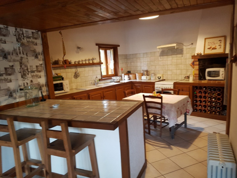 Vente maison / villa St laurent de chamousset 330 000€ - Photo 5