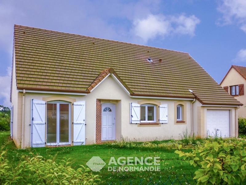 Rental house / villa Menneval 770€ CC - Picture 1
