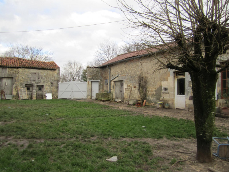 Vente maison / villa Blanzac 177000€ - Photo 2
