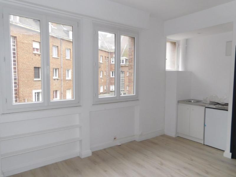 location appartement 1 pi ce s valenciennes 20 63 m. Black Bedroom Furniture Sets. Home Design Ideas