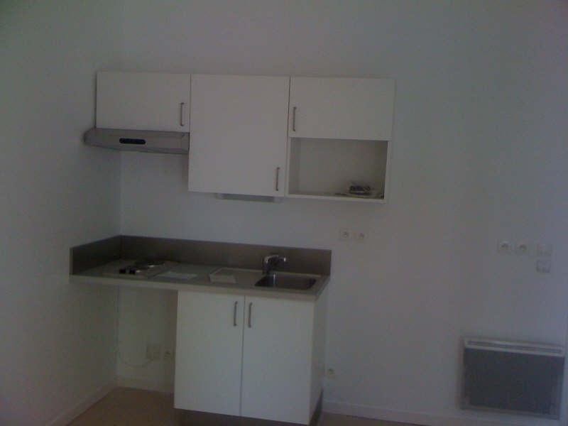 Rental apartment Gradignan 550€ CC - Picture 2