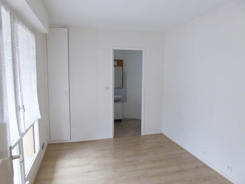 Location appartement Elancourt 846€ CC - Photo 3