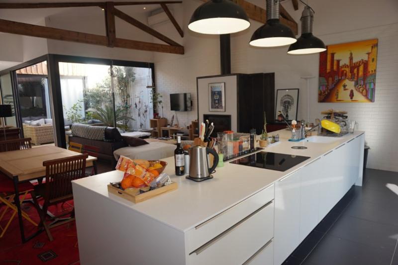 Deluxe sale house / villa Pessac 578000€ - Picture 2