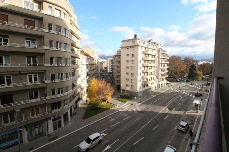 Sale apartment Grenoble 208 000€ - Picture 12
