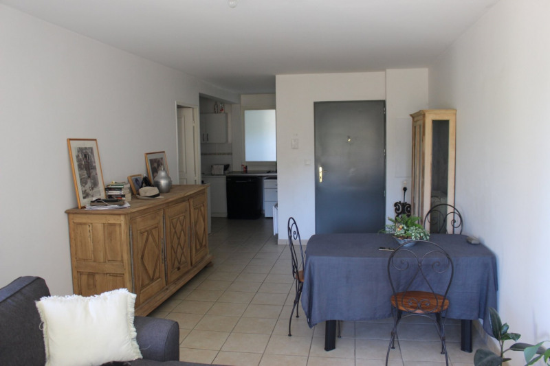 Vendita appartamento Lambesc 233200€ - Fotografia 4