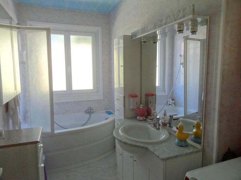 Sale house / villa Sciez 450000€ - Picture 4