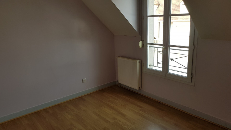 Location maison / villa Linas 1 380€ CC - Photo 8