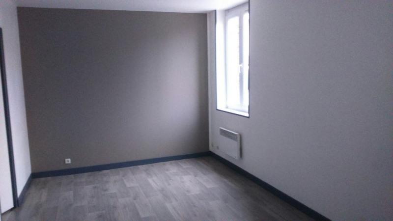 Rental apartment Saint quentin 355€ CC - Picture 3