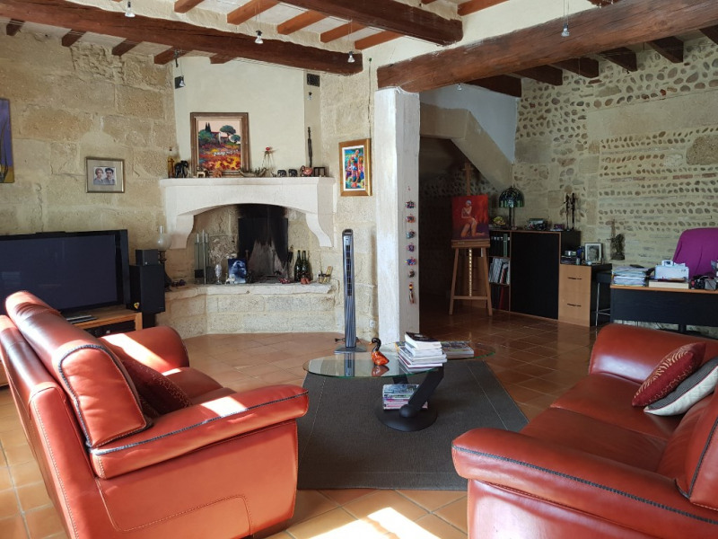 Sale house / villa Vauvert 272 000€ - Picture 2