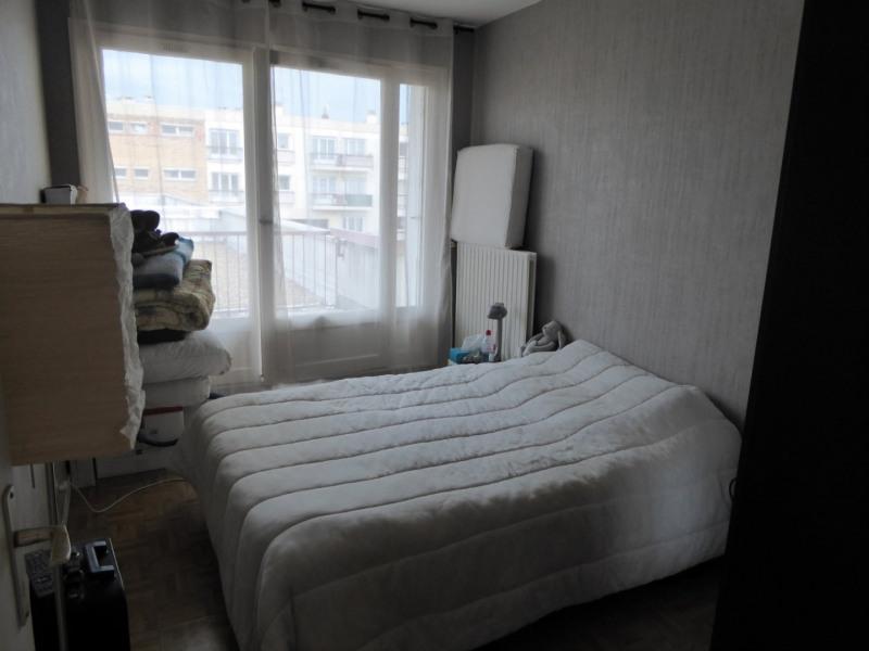 Rental apartment Maurepas 728€ CC - Picture 4