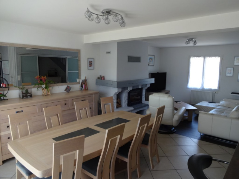 Vente maison / villa Champagne 316 150€ - Photo 9