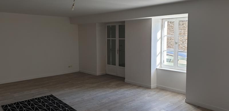 Location appartement Laval 615€ CC - Photo 4