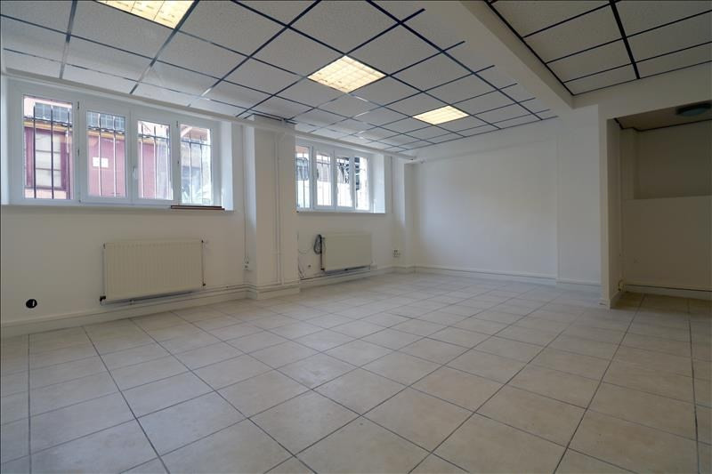 Rental office Versailles 1 240€ HT/HC - Picture 3