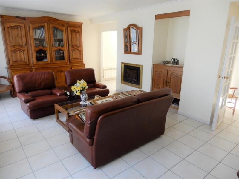 Sale house / villa Mennecy 449000€ - Picture 2