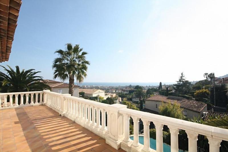 Deluxe sale house / villa Golfe-juan 1690000€ - Picture 3