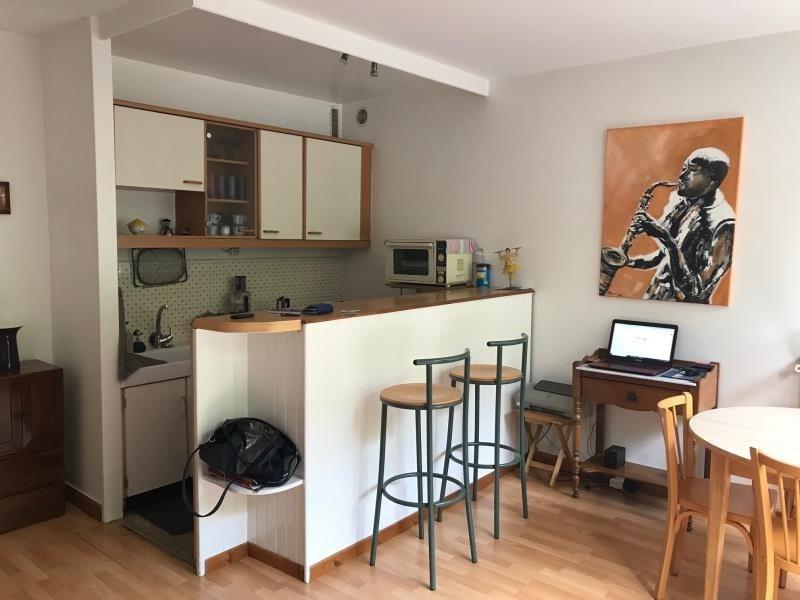 Investment property apartment Paris 11ème 230000€ - Picture 1