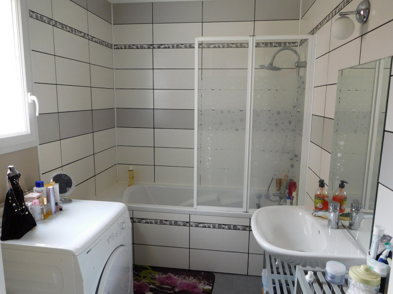 Sale house / villa Bretteville sur laize 210900€ - Picture 6