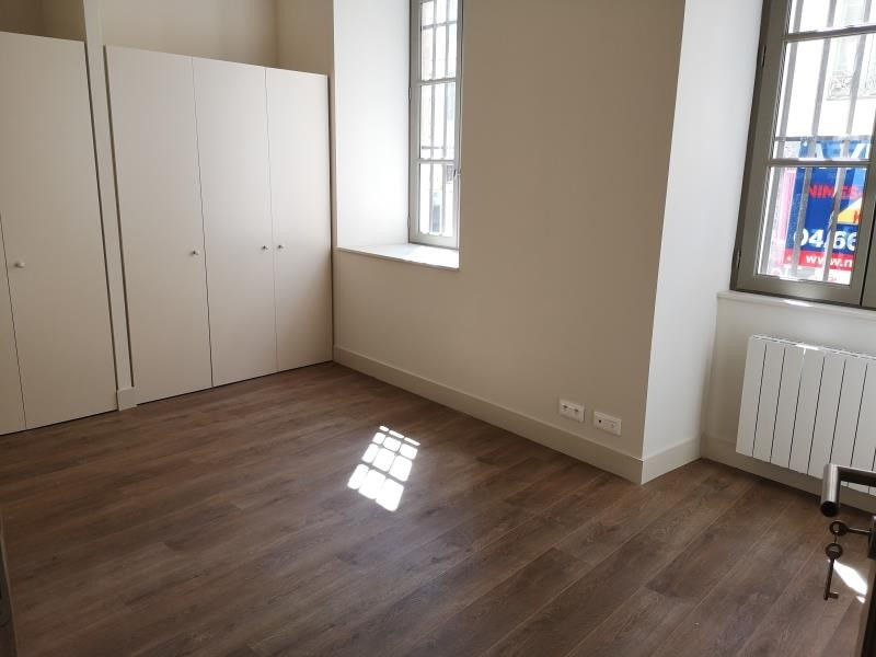 Location appartement Nimes 525€ CC - Photo 4