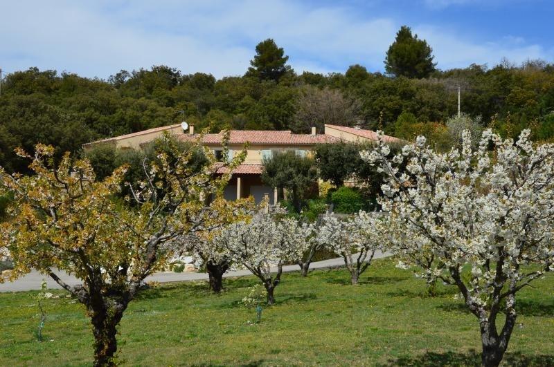 Deluxe sale house / villa Venasque 740000€ - Picture 1