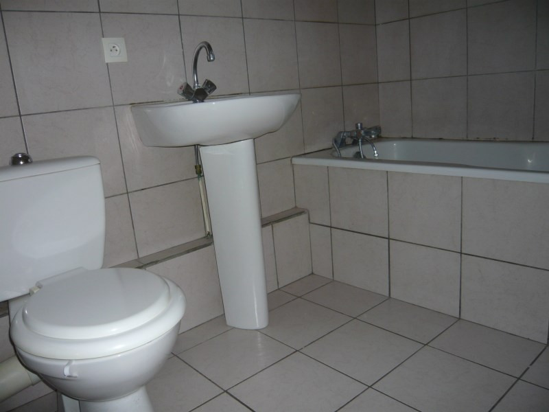 Location appartement Cremieu 495€ CC - Photo 5
