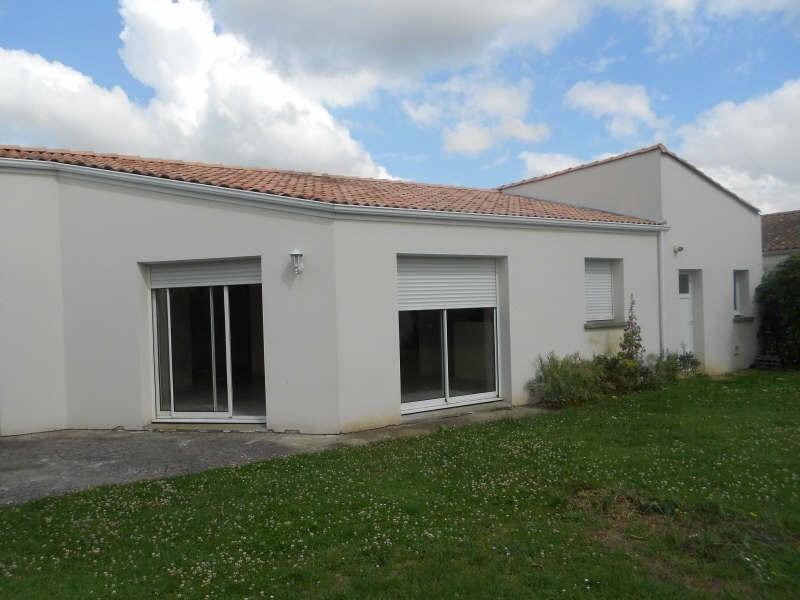 Location maison / villa Magne 772€ CC - Photo 1