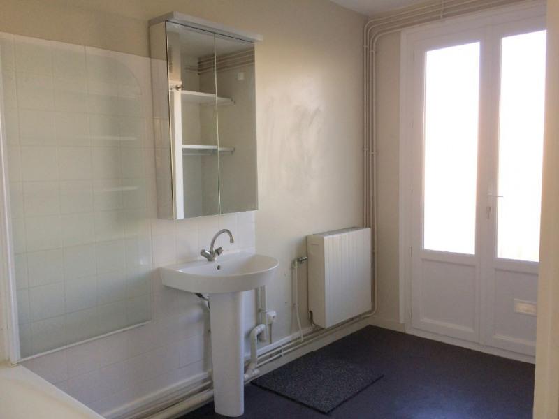 Rental apartment La rochelle 620€ CC - Picture 4