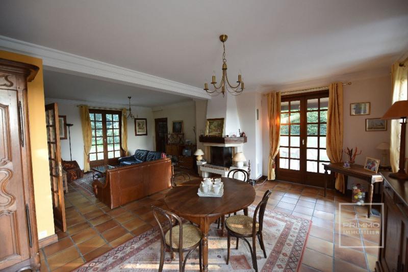 Deluxe sale house / villa Dommartin 650000€ - Picture 5