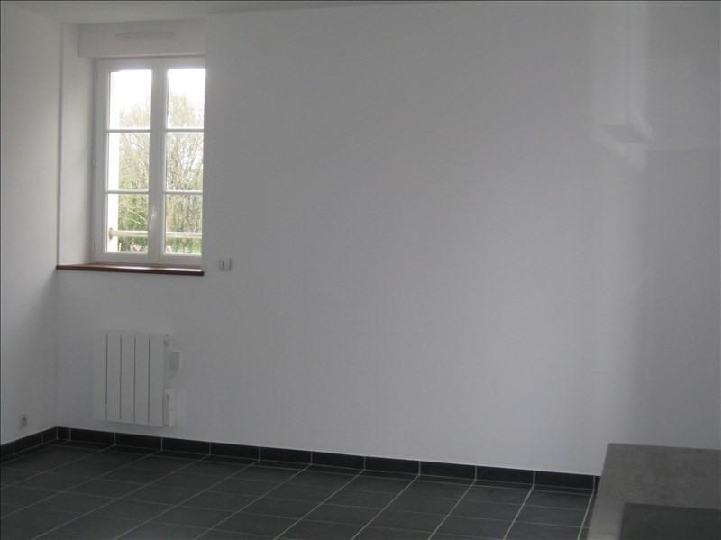 Rental apartment 29350 466€ CC - Picture 2