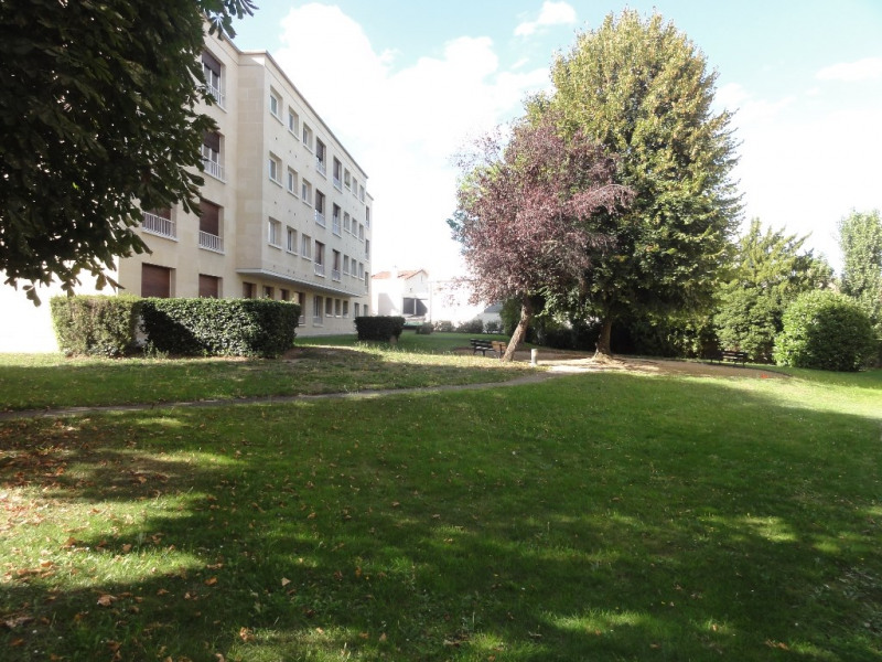 Sale apartment Chatou 450 000€ - Picture 2