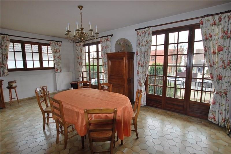 Sale house / villa Montfermeil 372000€ - Picture 2